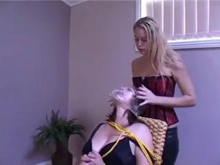Milf sex penetration arsehole thumbs Babe