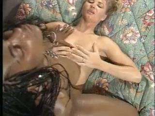 Porne orgasim lesbian Homes