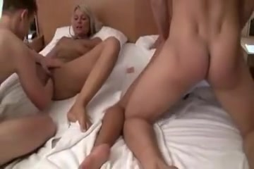 A very wonderful fist fucking foursome Naked girls horny in Balti