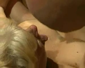 Hairy mature sluts banged by younger guys Jogo porno