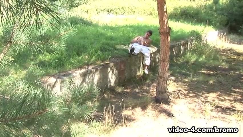 Kevin Ateah & Maxim Moira in Outdoor Cum Whores Scene 1 - Bromo Big black african boy cock