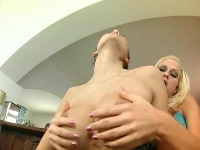 Orgy Peeing lesbi sexi