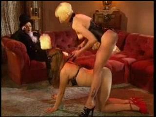 Porn hairy pussy lesbian