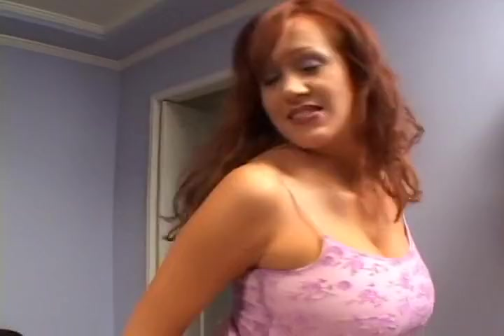 Redhead MILF Bailey Seduces Younger Man pissing fetish lesbian videos