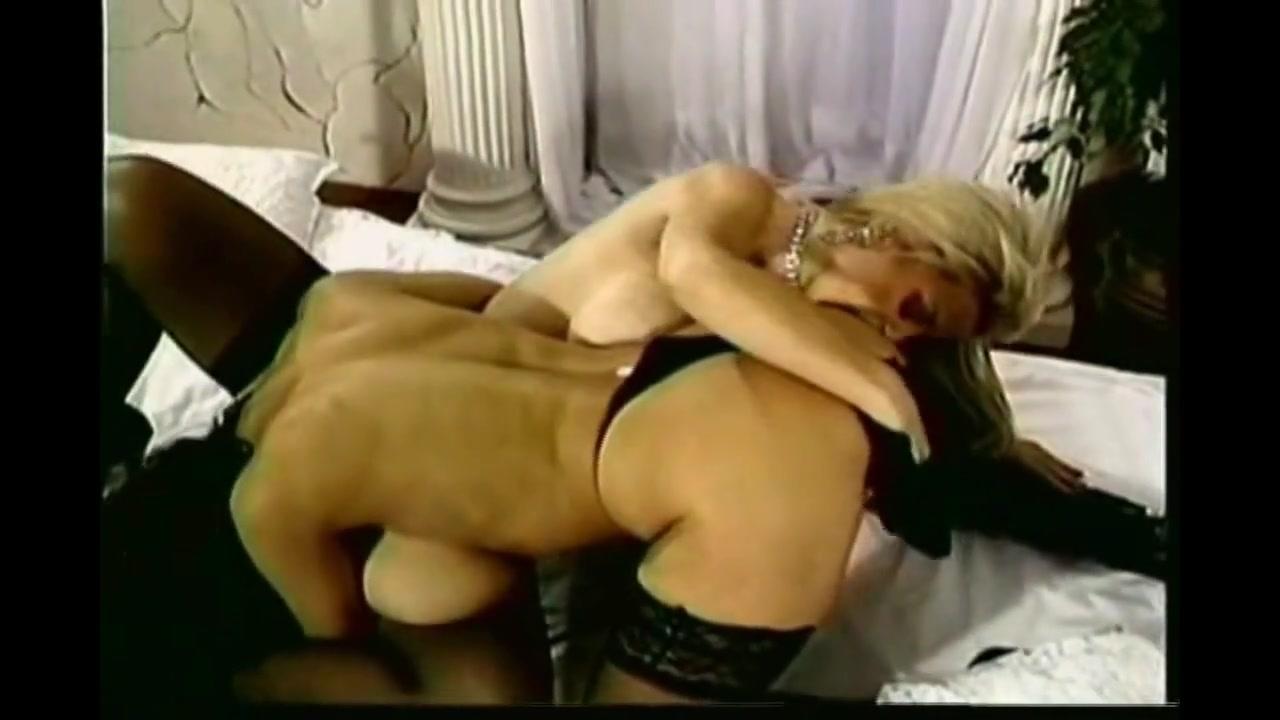 Fuckuf Brunettes lesbi sexual