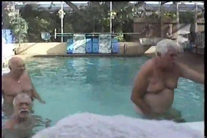 Pool players Actress tamil hot aunty movies