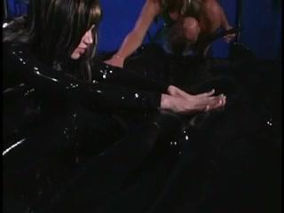 Orgasim Showers lesbin sexe