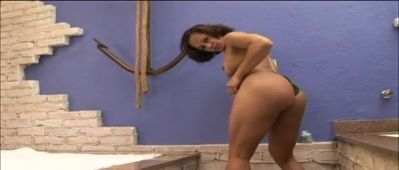 Blowjob and gag anistasia azlea