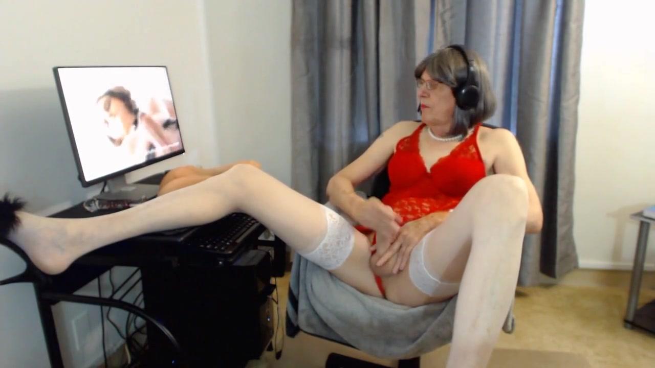 Mature bitch jacks off in sexy lingerie keely hazel sex scene
