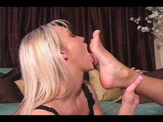 Lesbia horny licking Peeing