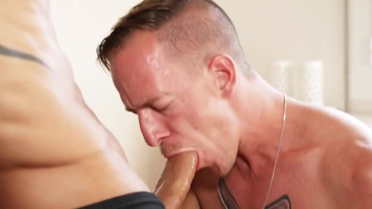 TT Gay Porn (New Venyveras) 1 swinger party sex tube