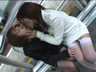 Lesbian Babes Giving A Kiss In Public Tender Babe Milf Pussy Ns?? Z?????