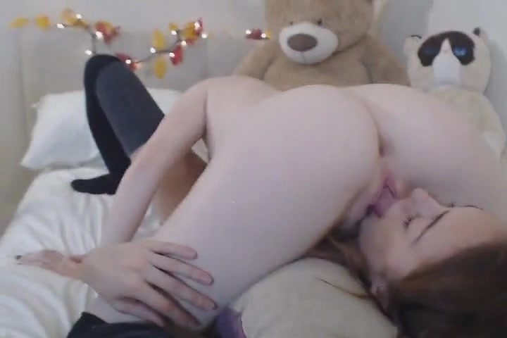 Lesben fuckin Bondage sluts