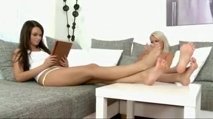 Pool lesbiana fucked masturbated