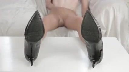 Cumming on my nylon soles Summer nite anal