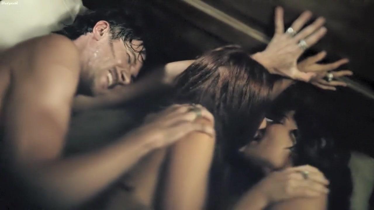 Black Sails S02E05 (2015) Jessica Parker Kennedy, Clara Paget song born an asshole