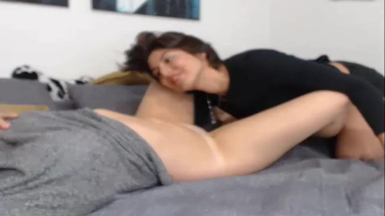 Fuckin fuckuf Striptease lesbien