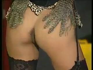 Horny slut gets Ped double sided dildo gay porn