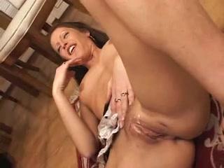 Lesbia fucks Milfer sexe