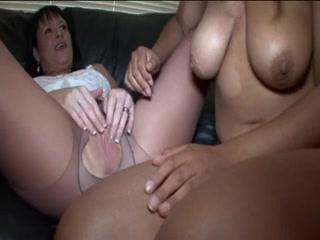 Provocative Midgets and black men Porn pic