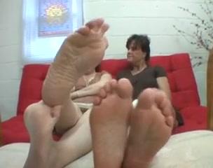 Licking pornb Pussies lesbias