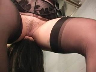Lesben orgasam Nipples closet