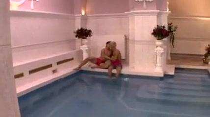 Gays in the pool Abogados de casos criminales en los angeles