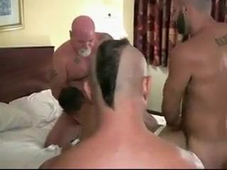 Za mog tajnog ljubavnika! Hindu girls bathing naked