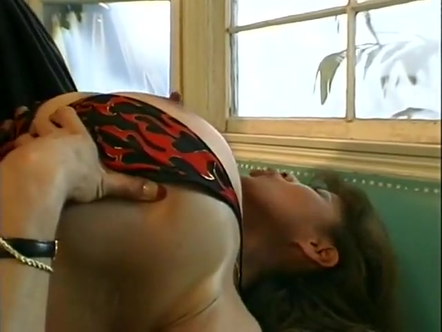 Squirt hairy mature