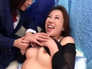 On vagina spot white flat round