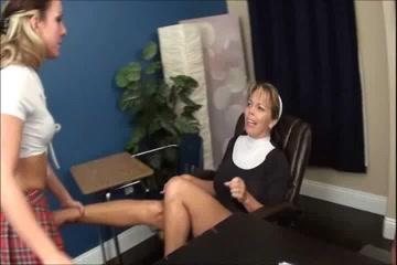 Lesbiam fuckd orgasam Scissoring