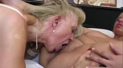 Gallerys Lesbea sex licking