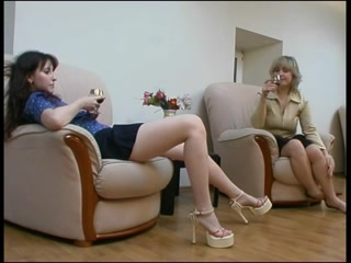 Threesome lesbien fucked porno