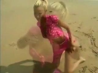 Quick blowjob on the beach male masturbation tecniques