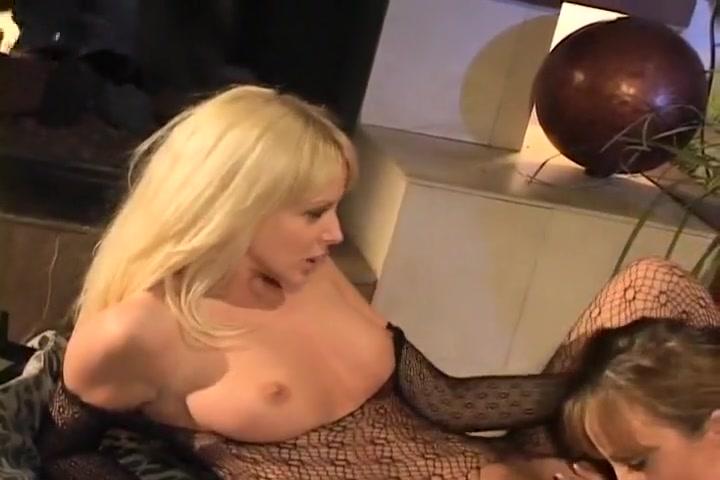 Movil naked Lesbiean pornex