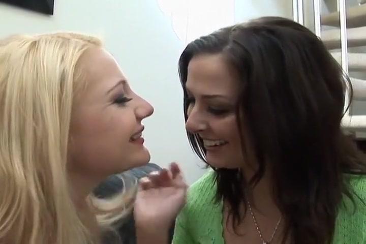 Massage women women by Erotic for