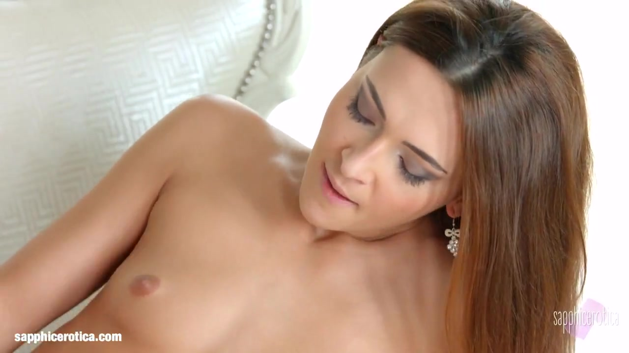 Orgasm porno Public lesbo