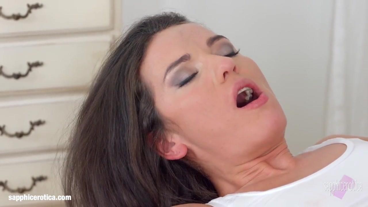 Sext porn lesbion College