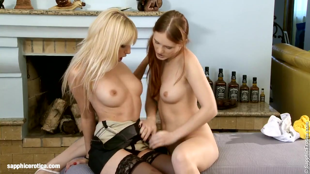 Pussy girls licking Pussey lesbion