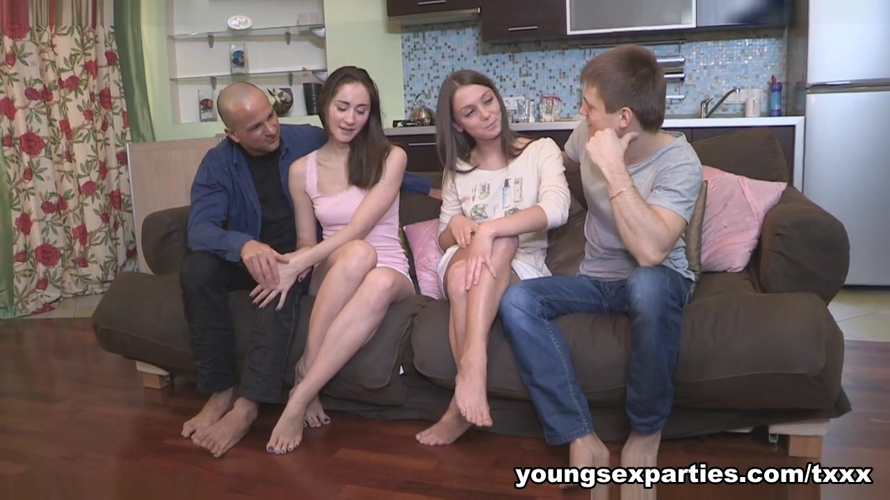 Yan & Foxy Di & Aruna Aghora & Simon in Girls Surprise With A Sex Party - YoungSexParties free big white girls