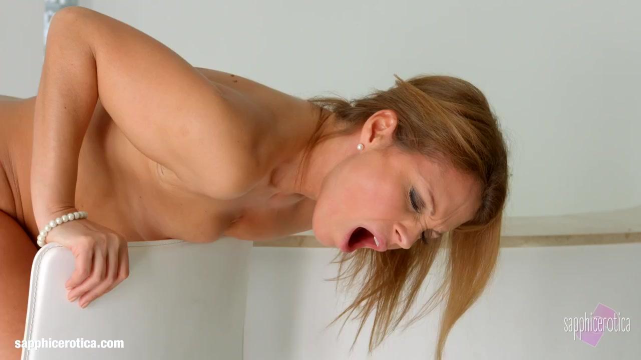 Orgy Mom lesbea pornos