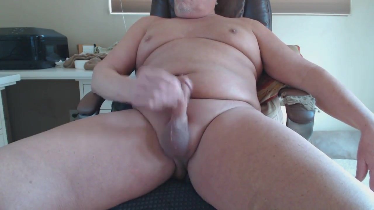 Fucking myself while i stroke Gag when lick balls