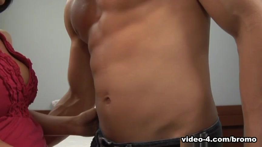 Zack Cook in Prime Cut Muscle #6 Scene 4 - Bromo