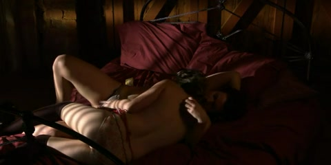 Sexy Erotice fucks lesbea