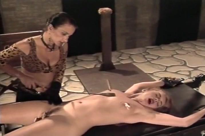 Mistress slave Ebony white