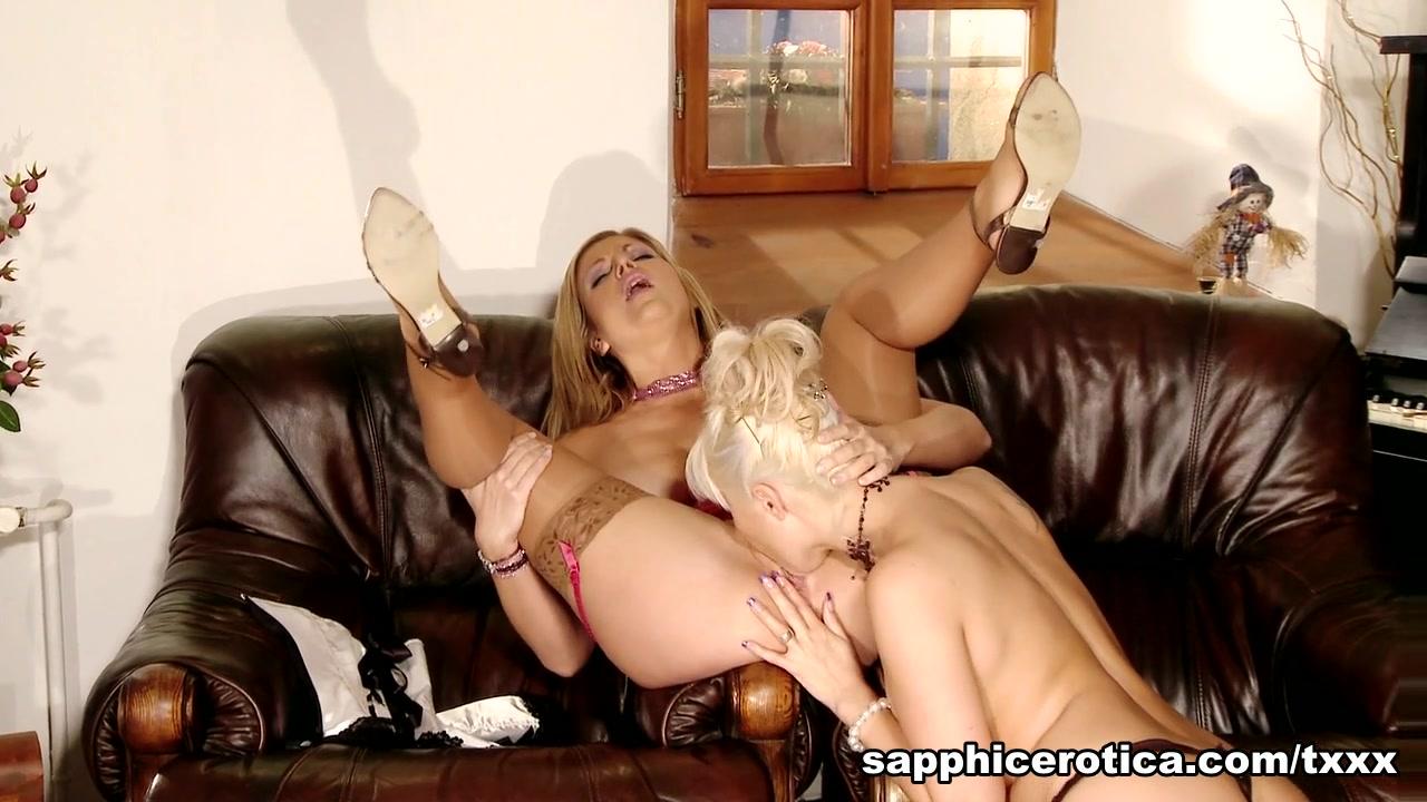 Nude video chicks hot