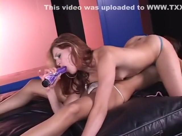 Gallery fuckin Lesbianx porns
