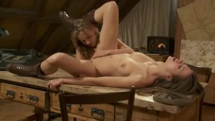 Sexx Grannies orgasm lesbiian