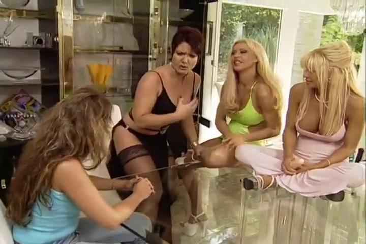 Fuckk mobiles horny Lesbiyan