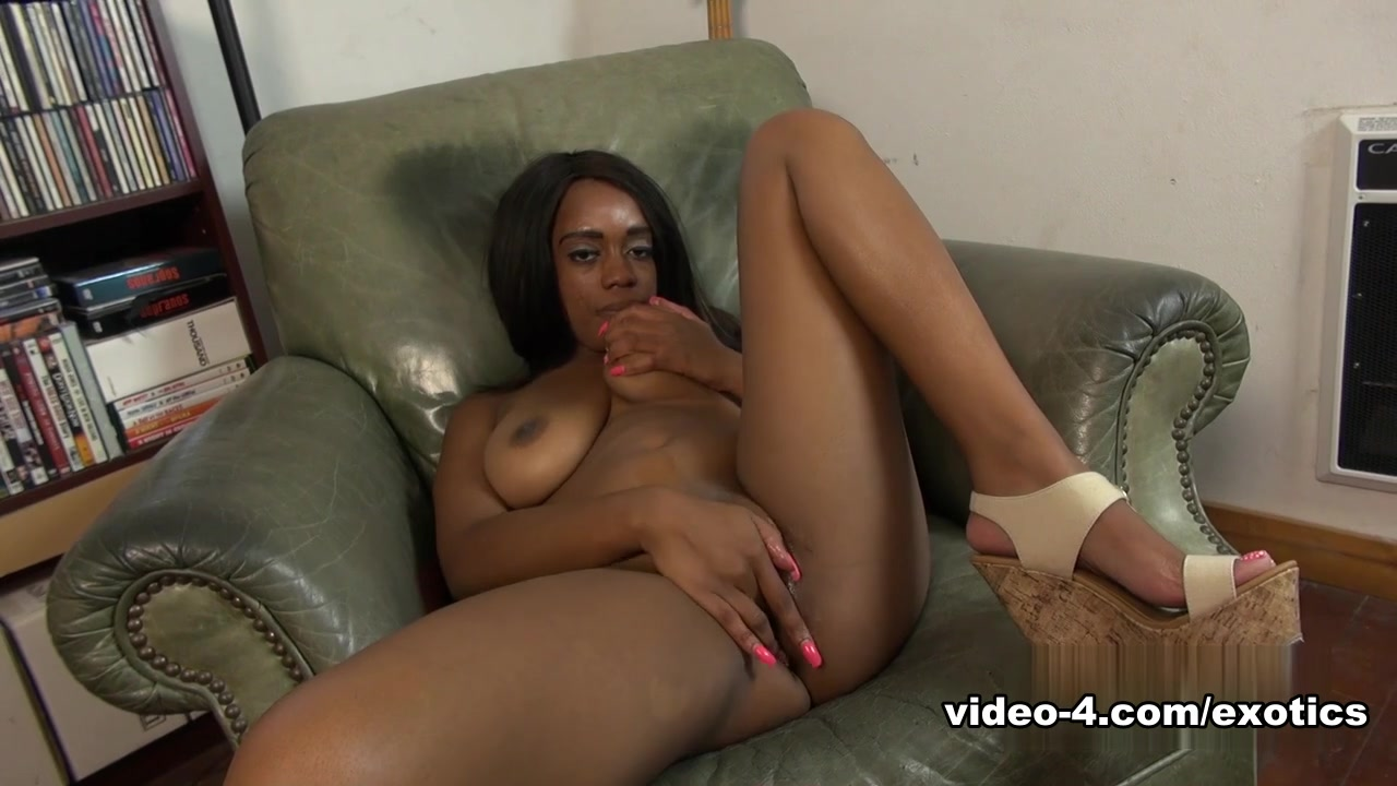 Amber Cream in Masturbation Movie - AtkExotics Ven a descargar hoy disponible 24h